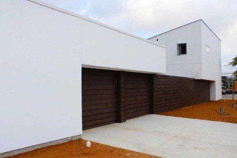02King-William-San-Antonio-Everest-Custom-Home-Garage-Entrance